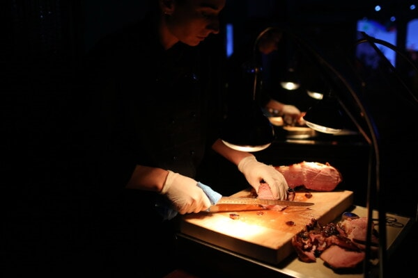 cooking, chef, pork loin, meat, restaurant, nightlife, lamp, kitchen table, person, people