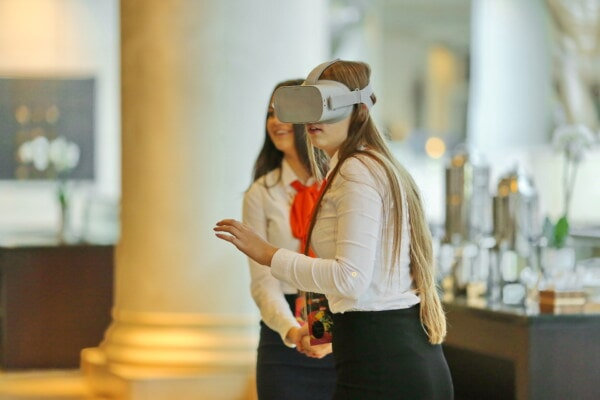 virtual reality headset, gadgets, eyewear, electronics, technology, mobile phone, businesswoman, woman