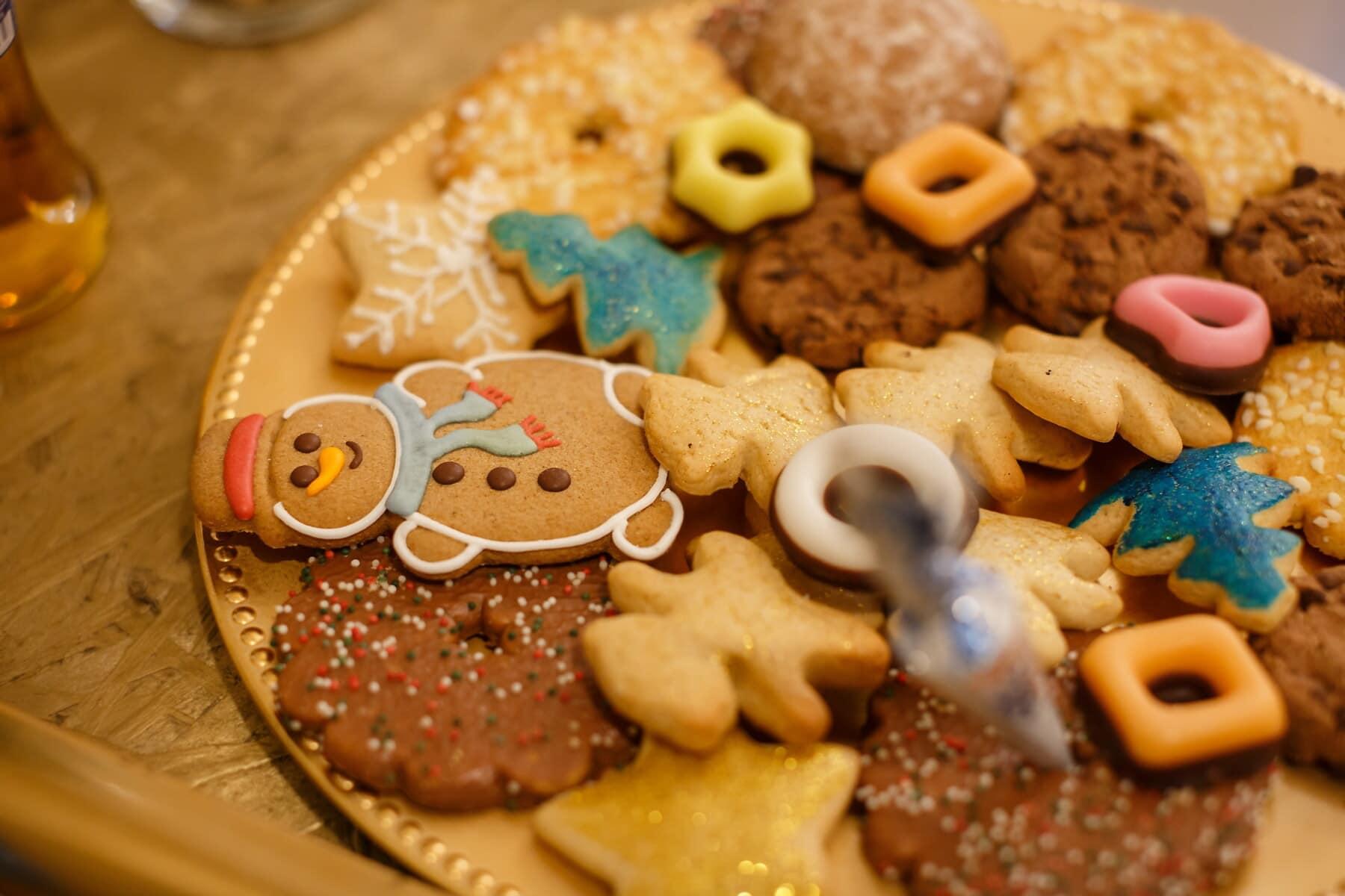 biscuits, bonhomme de neige, Noël, pain d'épice, cannelle, biscuit, repas, sucre, le petit déjeuner, cuisson au four