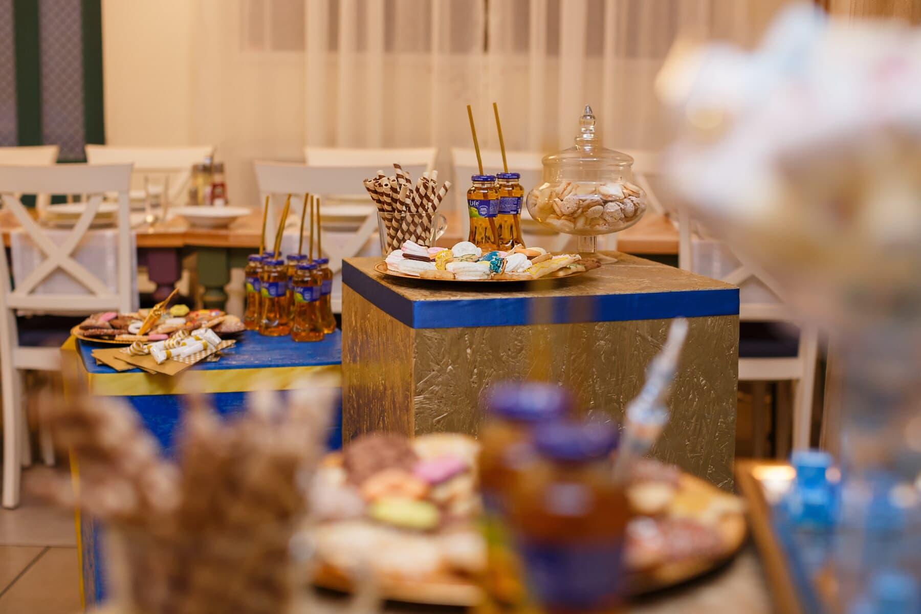 Geburtstag, Partei, kekse, Fruchtsaft, Bankett, Dekoration, drinnen, Tabelle, Interieur-design, Essen