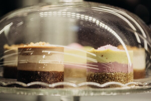 underneath, cakes, glass, dark, indoors, chocolate, sugar, blur, traditional, luxury