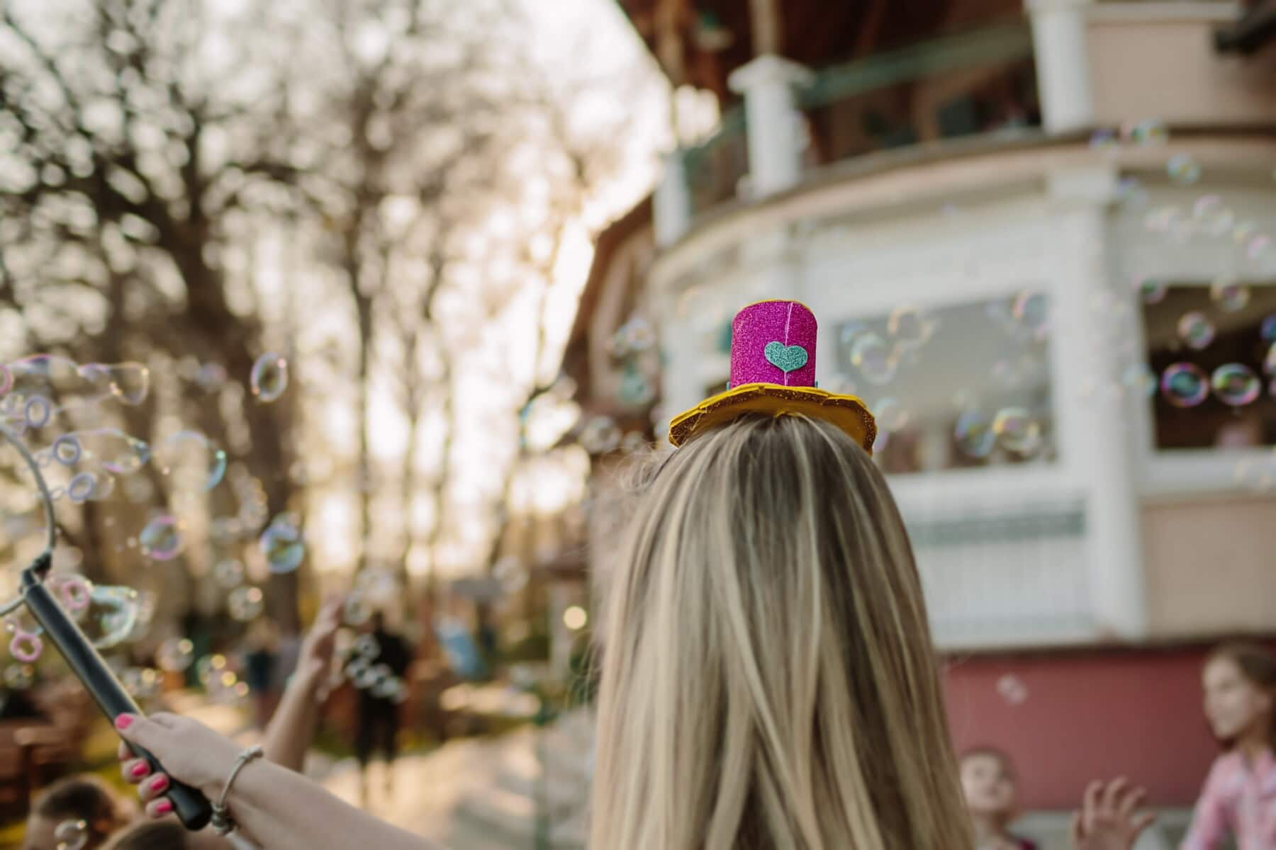 party, birthday, clown, blonde hair, young woman, bauble, entertainment, entertainer, people, woman