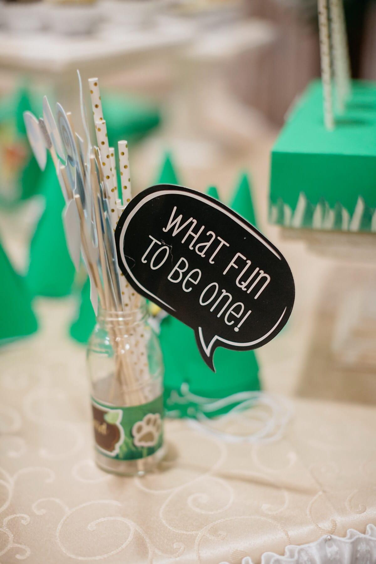 drôle, anniversaire, signe, cadeaux, bouteille, consommation de paille, à l'intérieur, traditionnel, papier, Retro