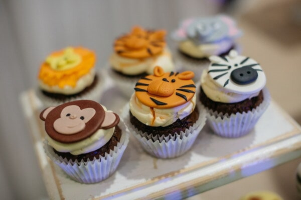 cupcake, decoration, animals, cake shop, miniature, chocolate, cake, baking, food, sugar