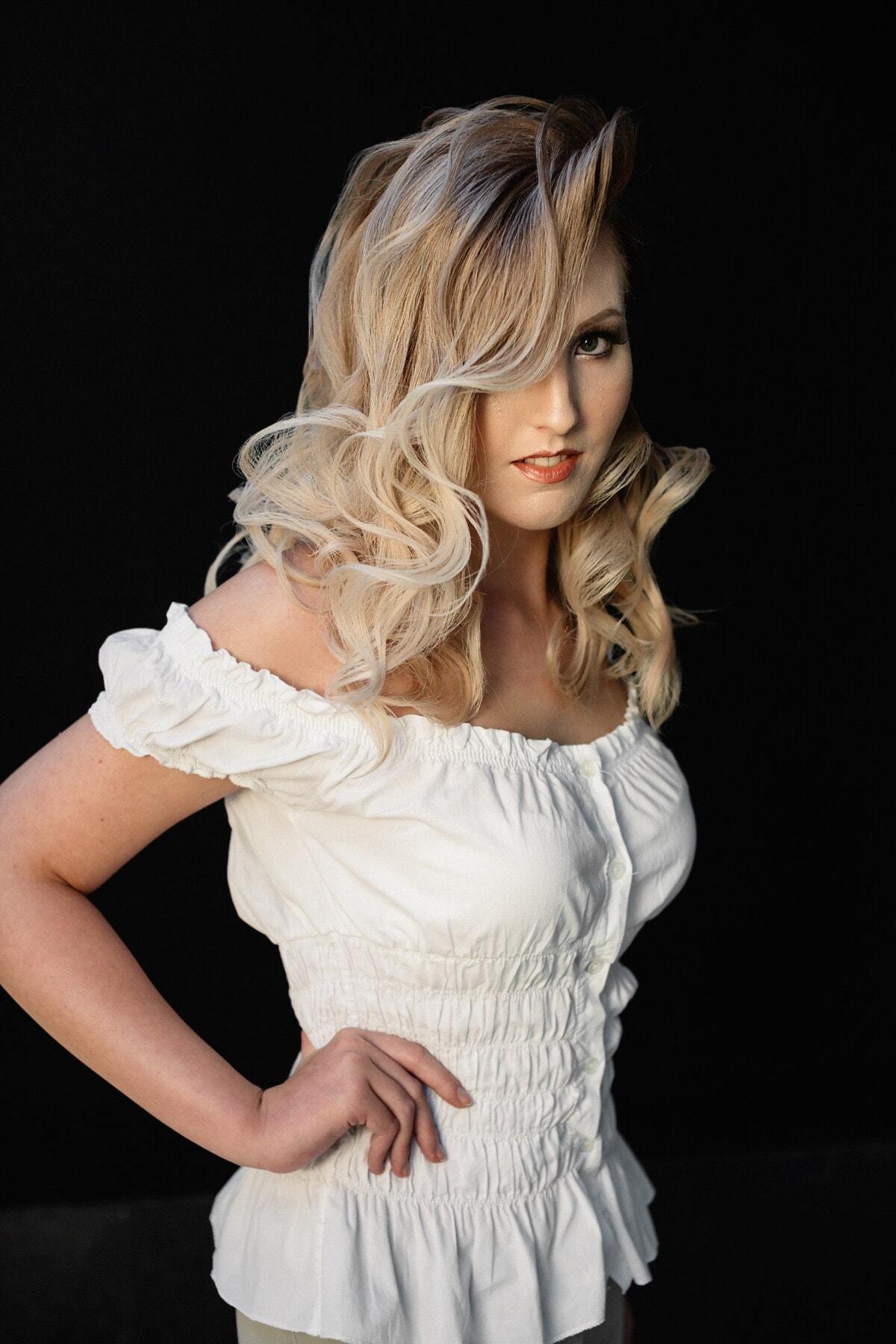 cheveux blonds, coiffure, Jolie fille, posant, maquillage, studio photo, modèle photo, photographie, mode, jeune fille