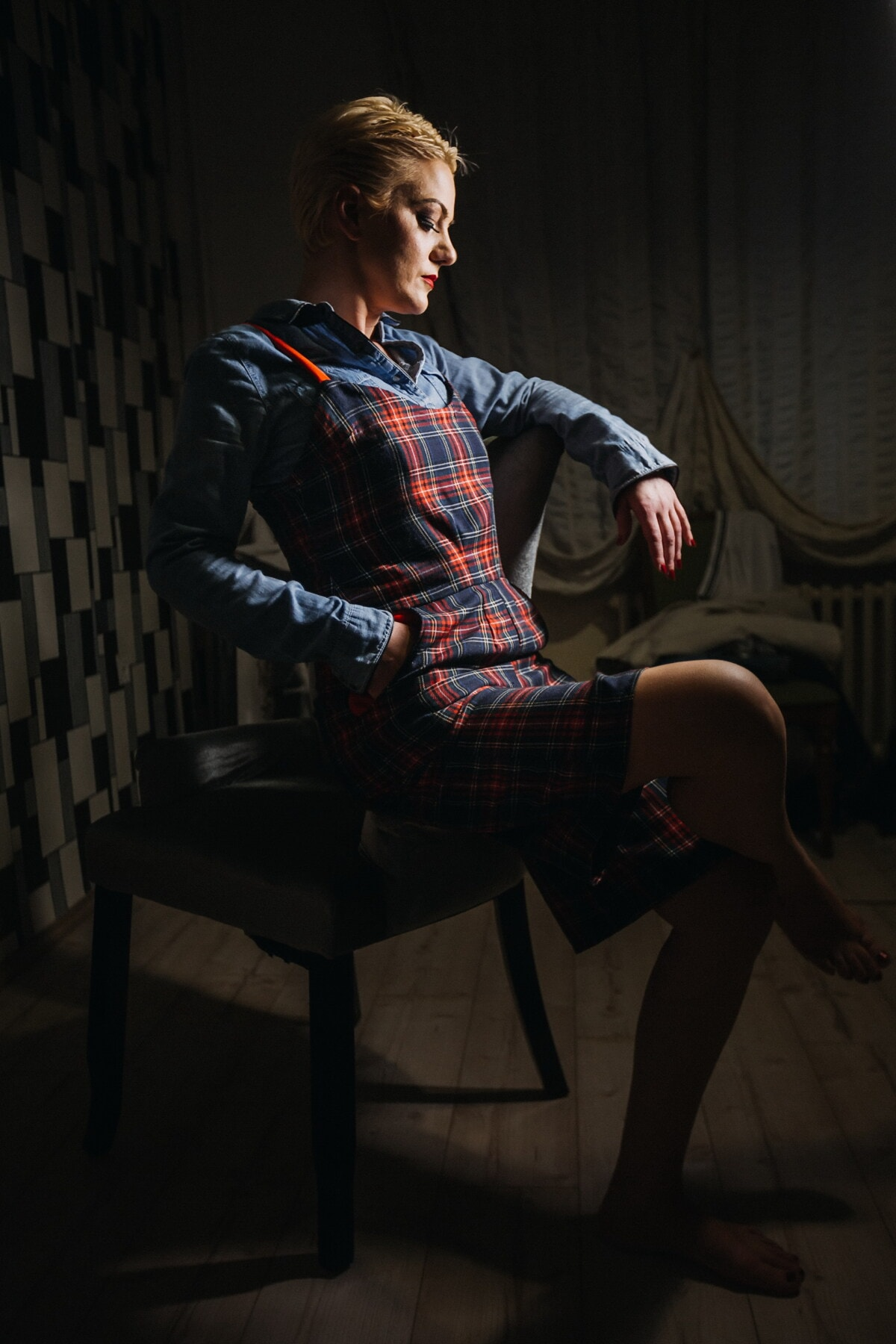 young woman, skirt, fancy, casual, style, sitting, photo model, shadow, darkness, photo studio
