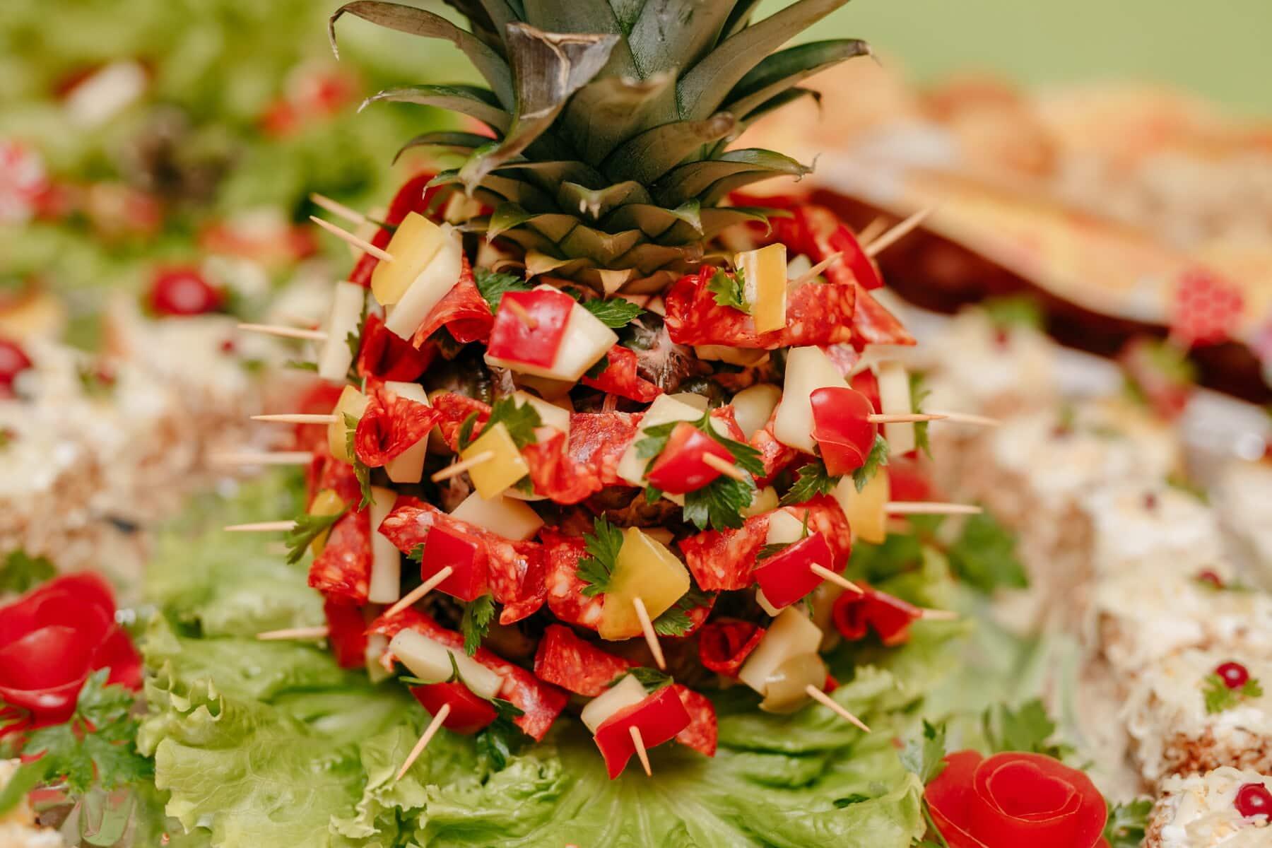 菠萝, 装饰, 奶酪, 香肠, 干酪, 肉, 餐饮, 安排, 番茄, 美味