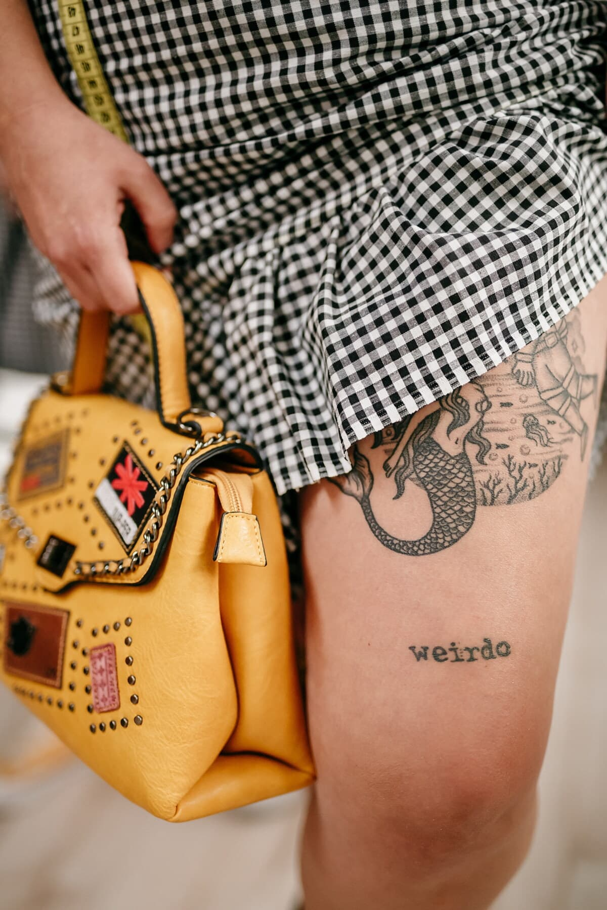 tattoo, young woman, knee, free style, lifestyle, fashion, glamour, woman, body, retro