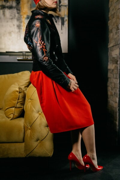 černá, ozdobný, trendy, bunda, mladá žena, kůže, móda, ručně vyráběné, žena, model