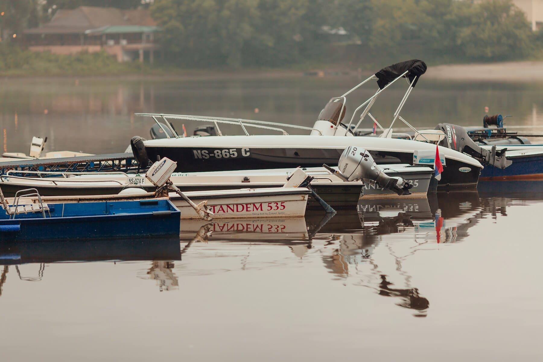 Motorboot, Propeller, mit dem Schnellboot, Hafen, am See, Fahrzeug, Wasser, Boot, Wasserfahrzeuge, Fluss