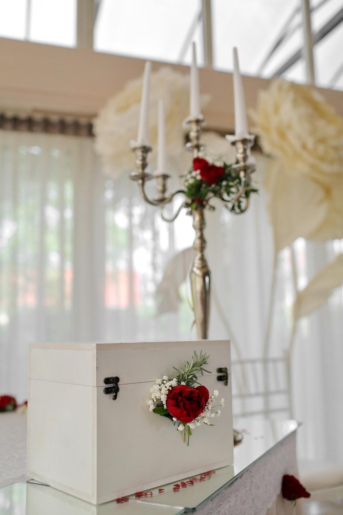 La Saint-Valentin, aux chandelles, bougies, cadeaux, boîte, surprise, boîte de, Design d'intérieur, à l'intérieur, élégant
