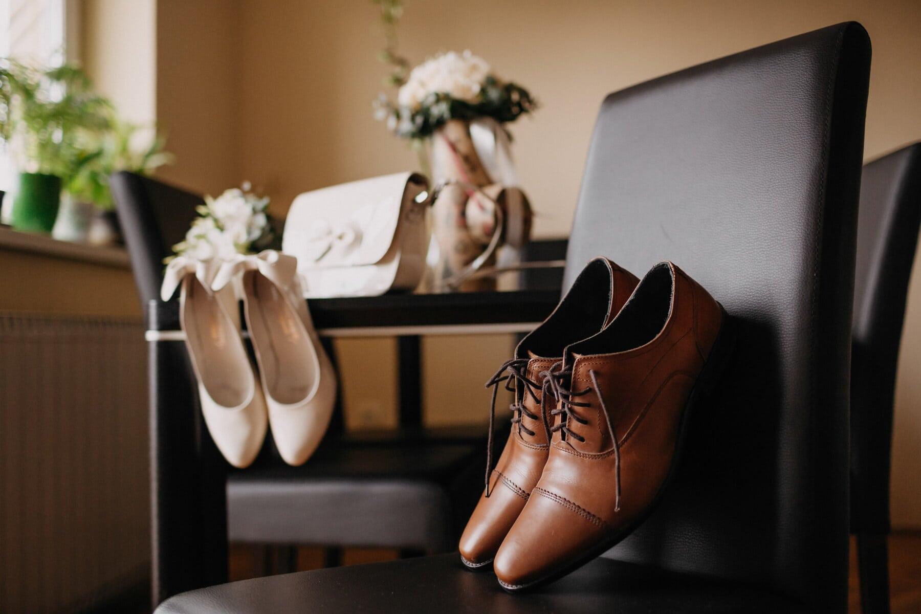nâu nhạt, cổ điển, giày dép, da, người đàn ông, giày dép, ghế, màu đen, đám cưới, Đánh giày