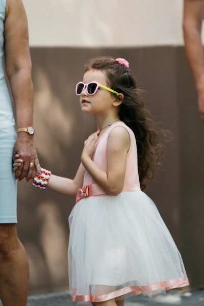 mother, daughter, young, lady, holding hands, dress, sunglasses, pink, fashion, child