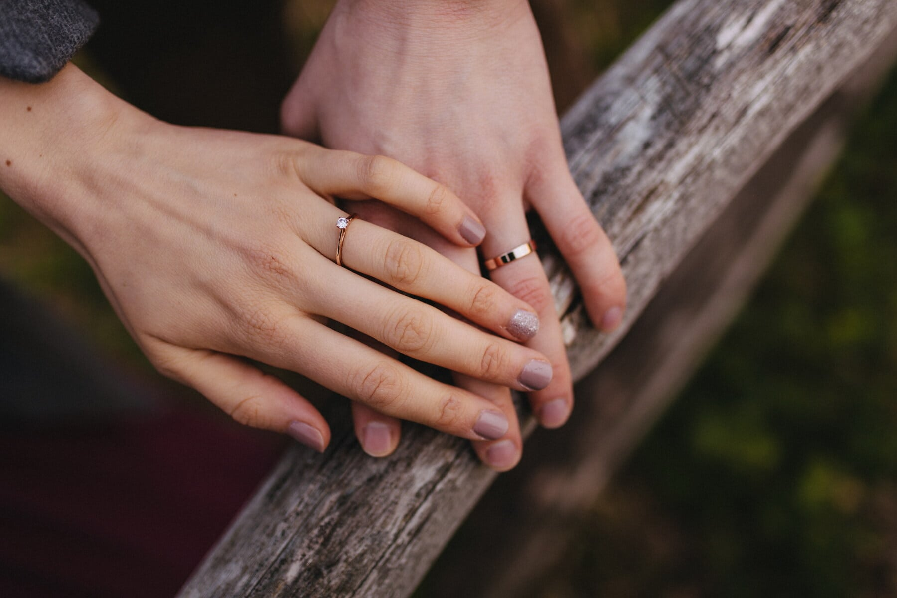 gold, rings, girlfriend, holding hands, boyfriend, passion, touch, finger, emotion, trust