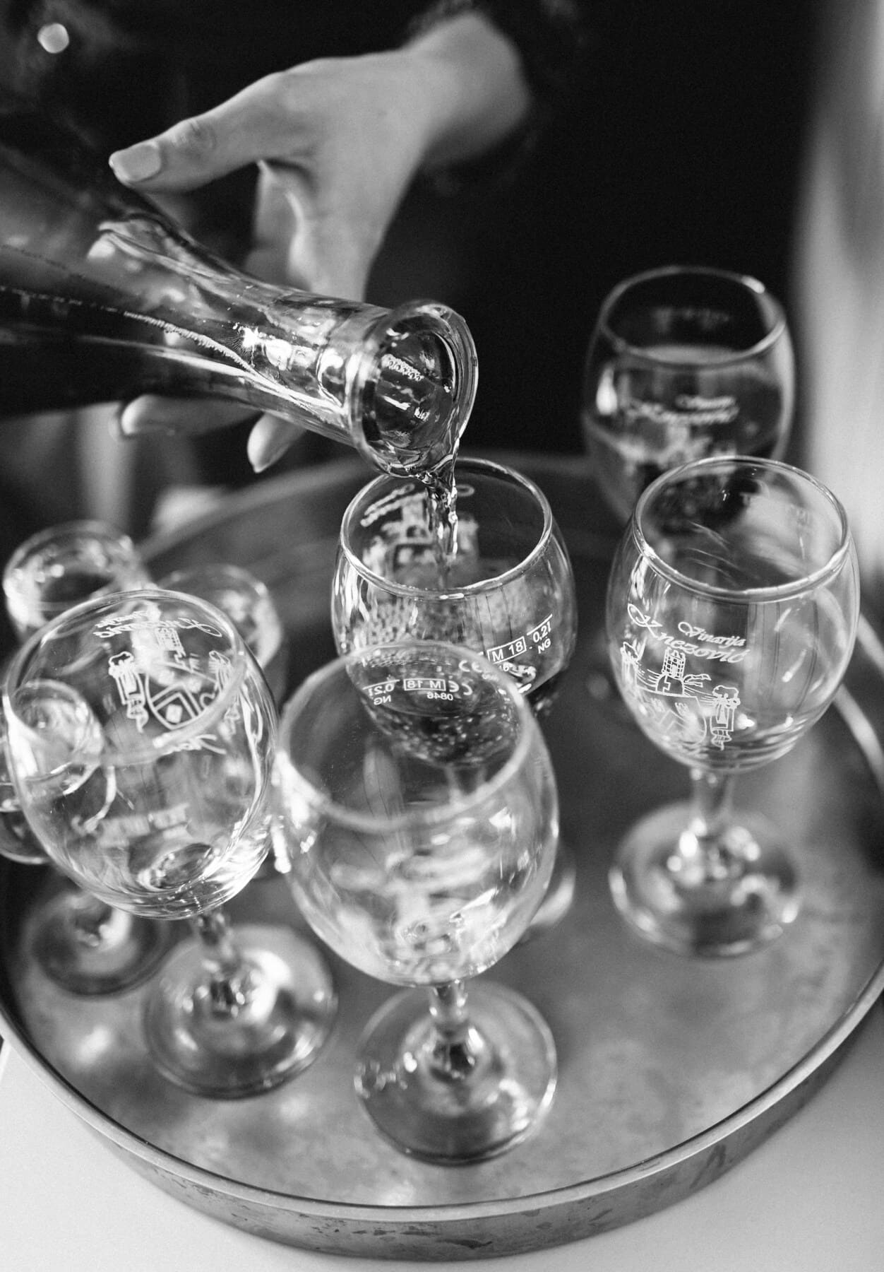 bottle, glass, bartender, crystal, wine, red wine, winery, black and white, alcohol, monochrome
