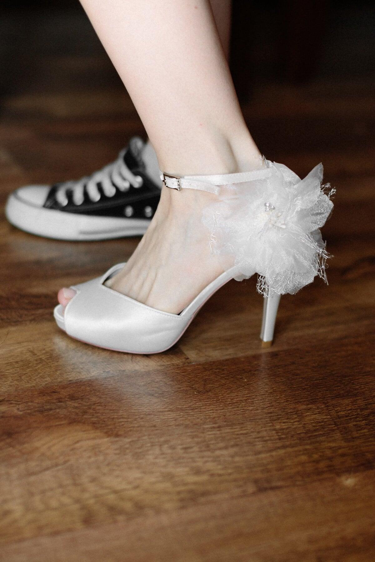 Fersen, Sandale, weiß, elegant, Hochzeit, Klassiker, Bein, Turnschuhe, gemütlich, Mode