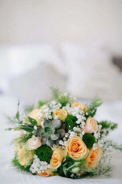 wedding bouquet, bed, bedroom, decoration, bouquet, wedding, arrangement, love, flower, still life