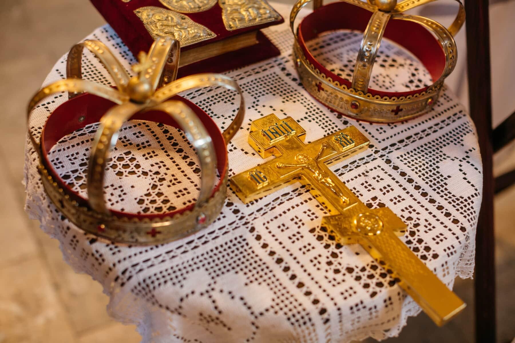 Kreuz, Gold, Christentum, teuer, Christus, Auferstehung, Krone, Krönung, Taufe, Weihnachten