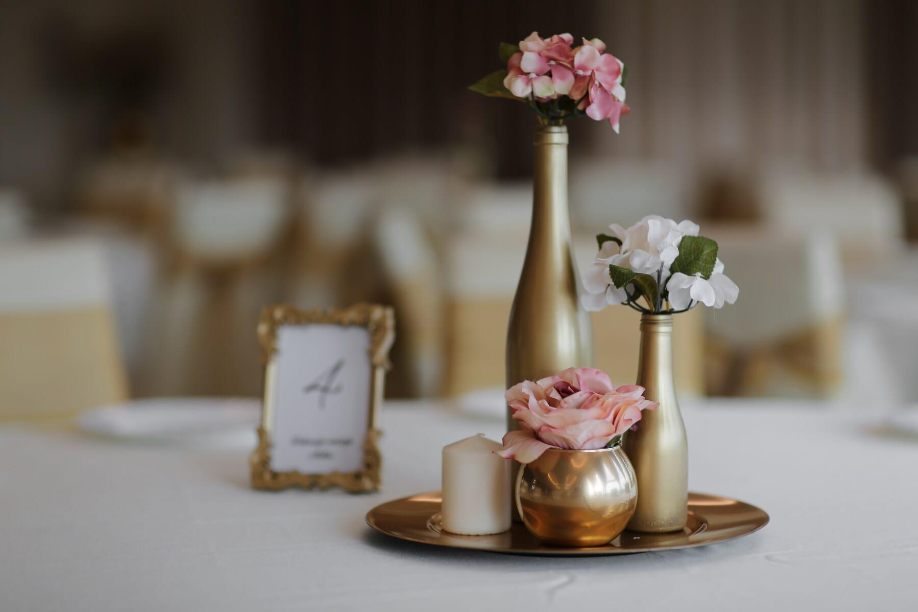 vase, décoration, table, bougie, luxe, éclat doré, élégant, hôtel, fermer, salle à manger