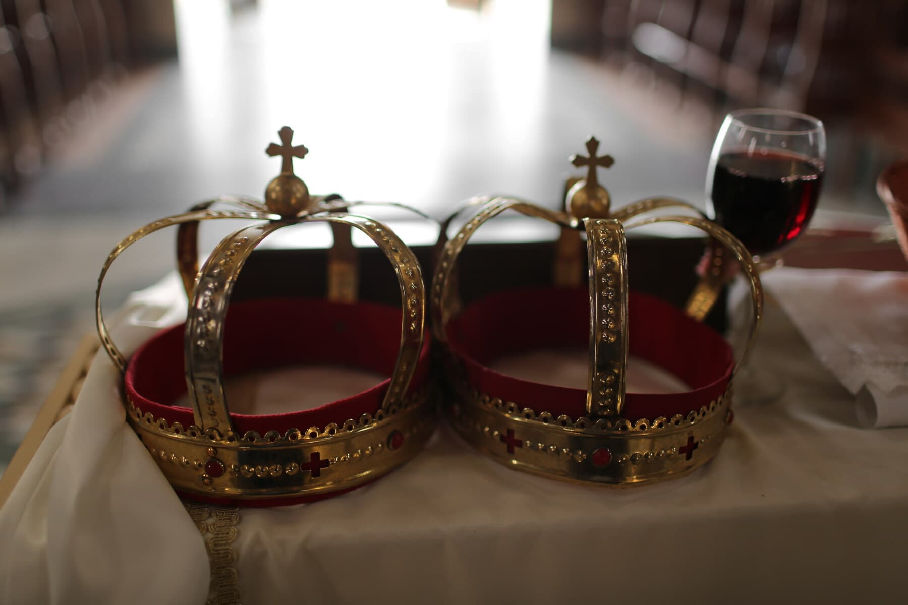 golden shine, gold, crown, religion, red wine, baptism, coronation, wedding, luxury, jewelry