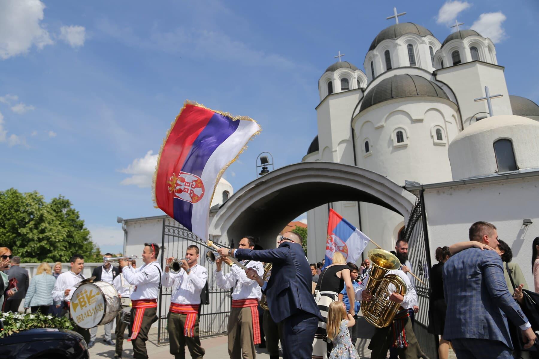 église, rue, mariage, orthodoxe, Serbie, populaire, danse, musique, piétonne, gens
