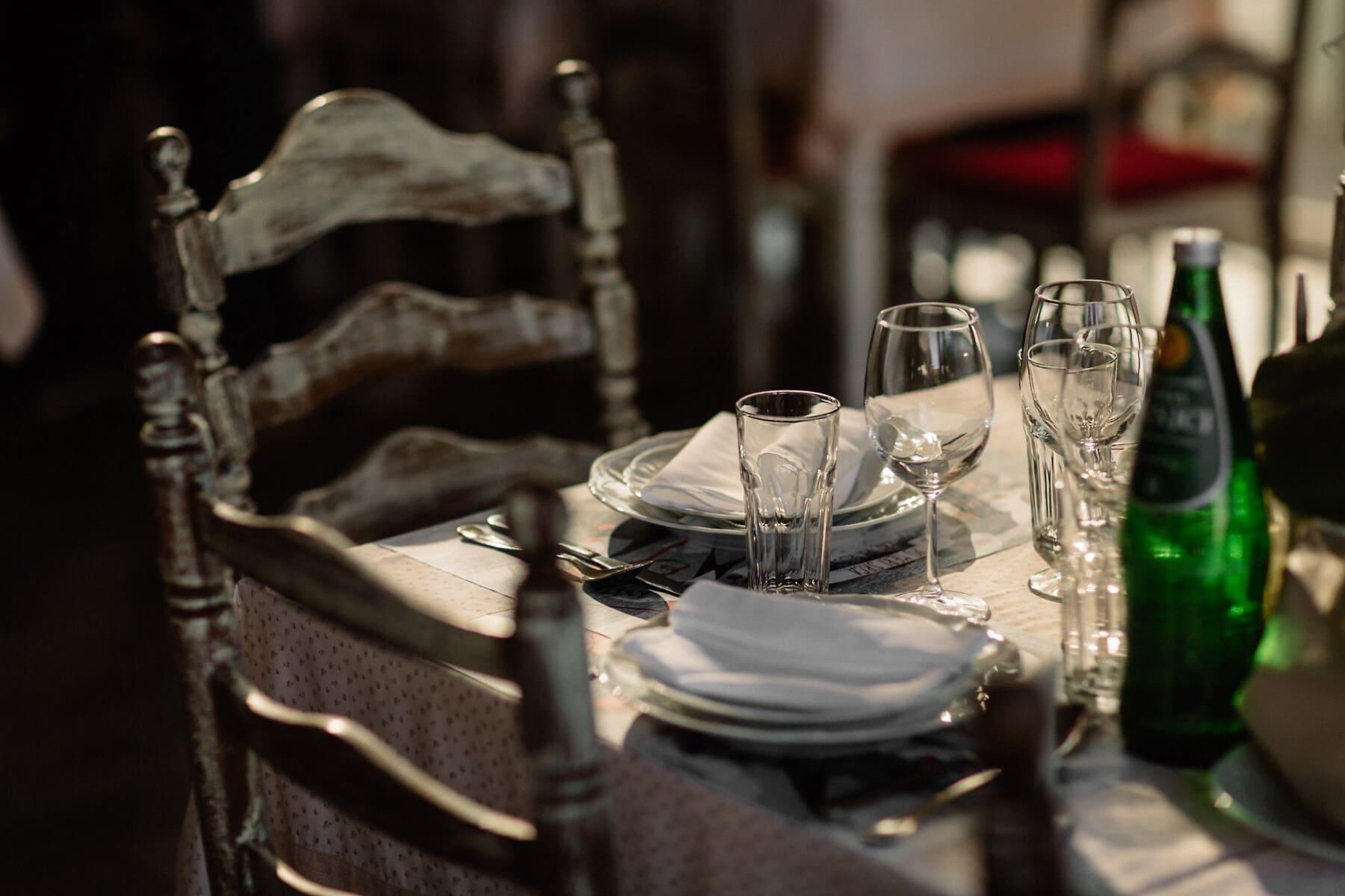 pöytä, ravintola, Viinitila, lasi, viini, astiasto, asetelma, ruokailuvälineet, Ravintola, sisätiloissa