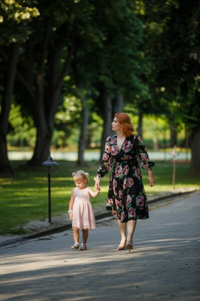 mother, motherhood, daughter, park, walking, together, lady, brunette, child, girl