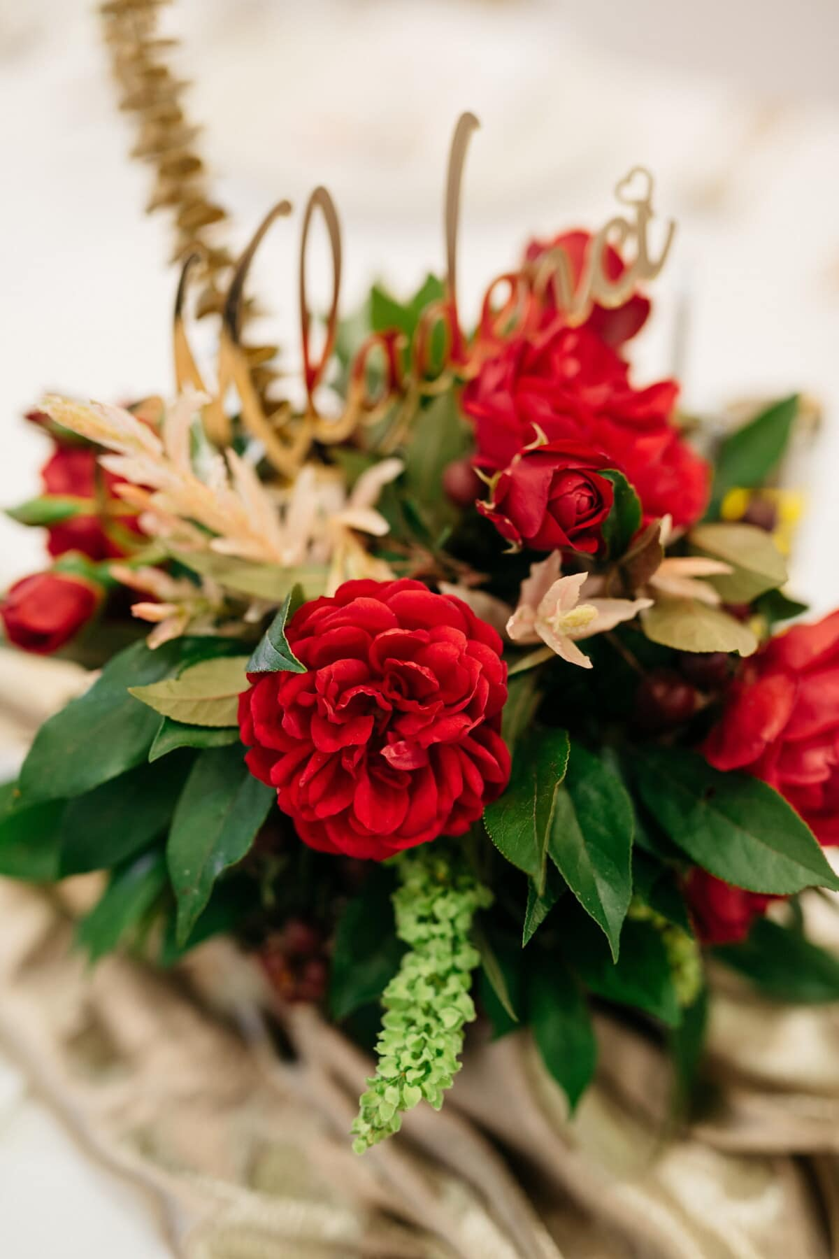gift, bouquet, love, roses, red, romantic, anniversary, flower, decoration, arrangement