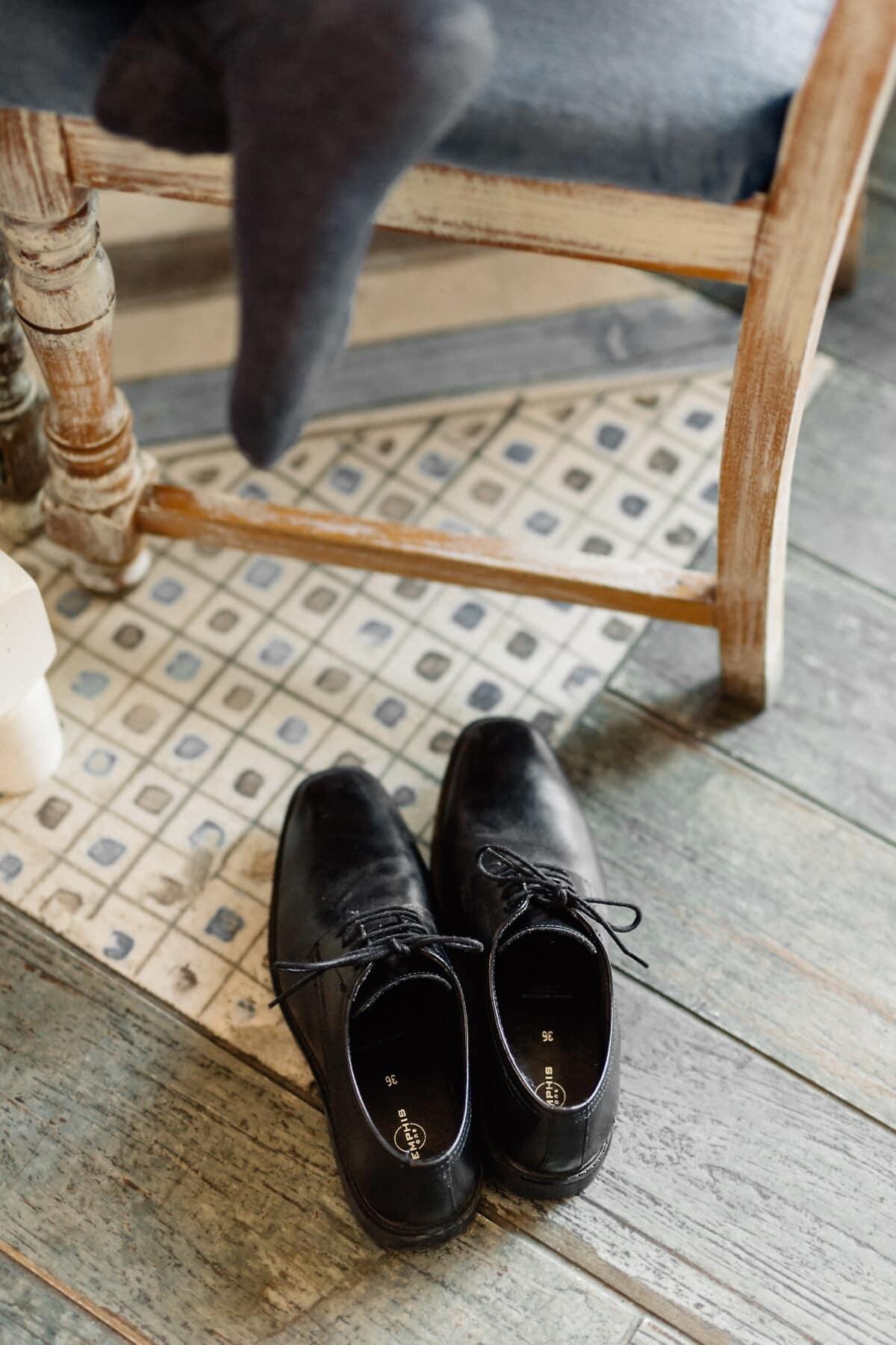 Schwarz, Schuhe, Leder, Socke, Bein, Stuhl, Stock, Hartholz, Fuß, Schuh