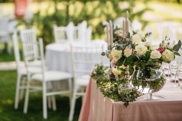 wedding venue, reception, banquet, garden, backyard, flowers, wedding, bouquet, flower, table