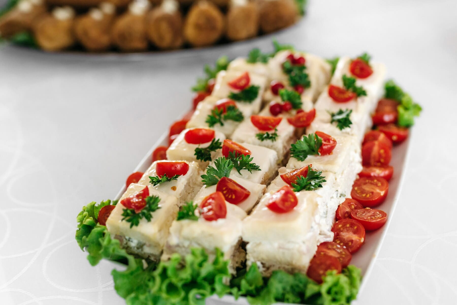 tomatoes, salad bar, buffet, delicious, food, lunch, salad, restaurant, appetizer, meal