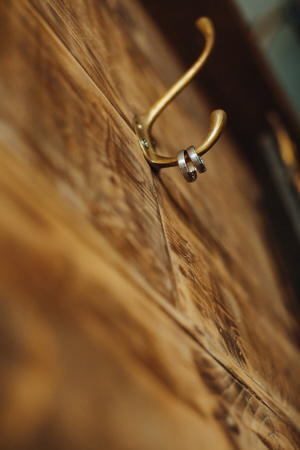 hanging, rings, brass, wall, hanger, wooden, carpentry, planks, wood, blur