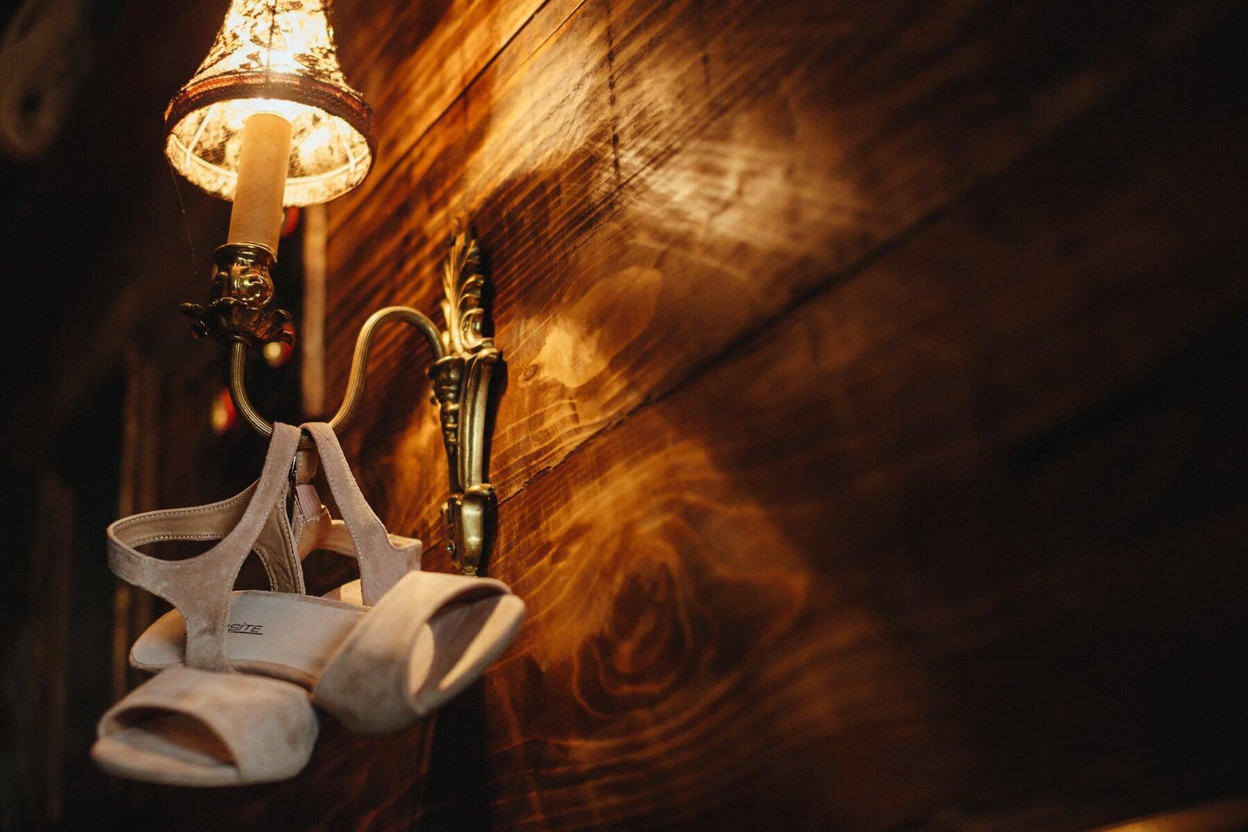 romantique, sandale, vintage, blanc, chaussures, lanterne, ombre, bois, sombre, lumière