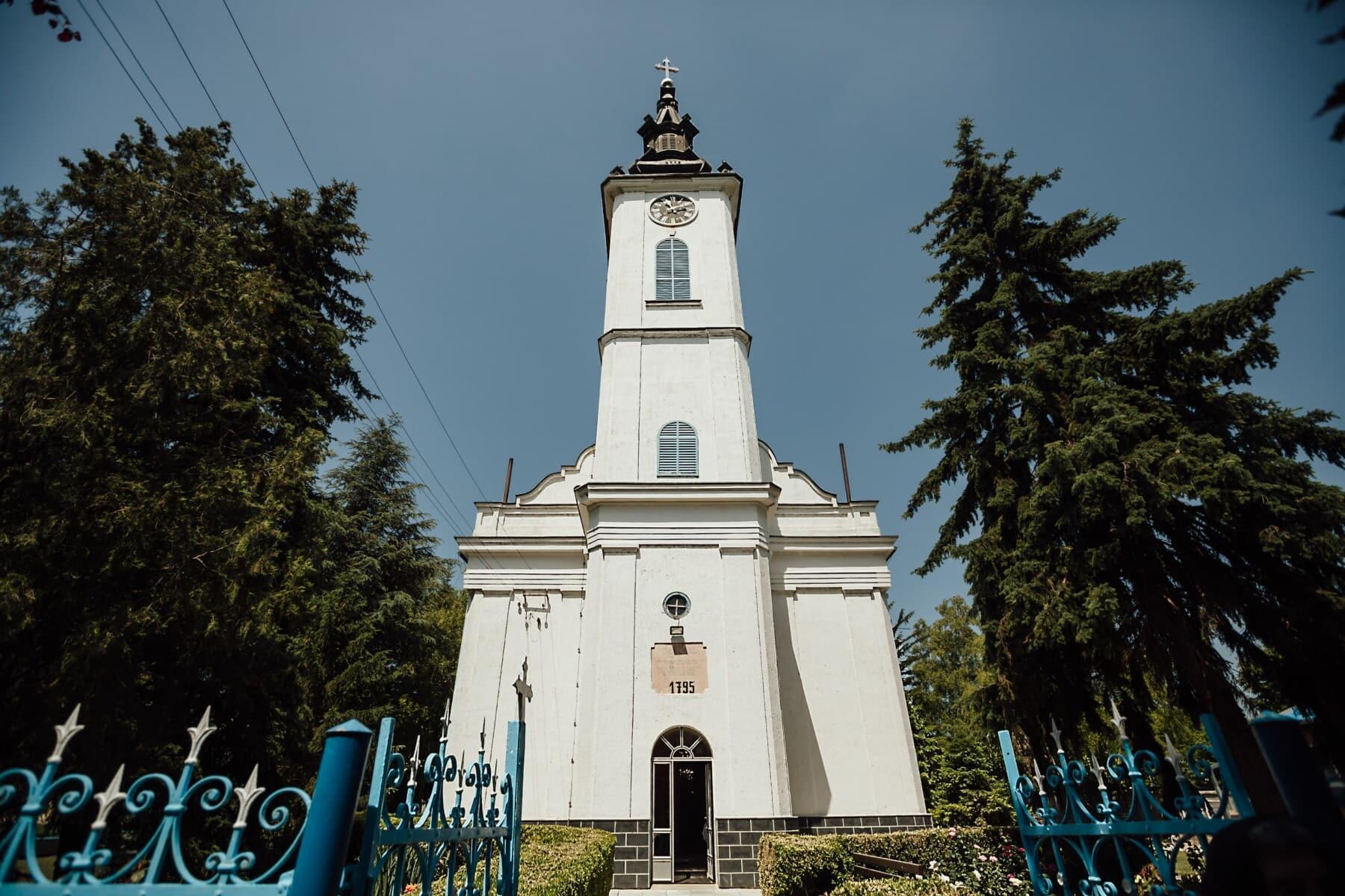 médiévale, steeple, entrée, passerelle, arrière-cour, église, couvrant, tour, bâtiment, religion