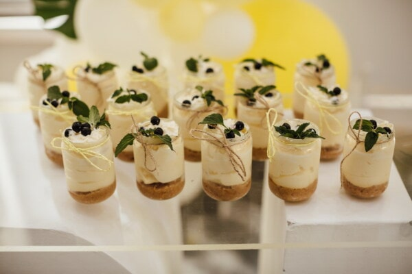 pudding, cream sauce, vanilla, mint, green leaves, miniature, jar, food, cream, delicious