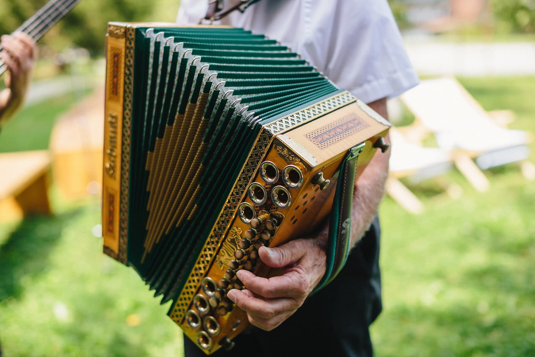 accordion, baroque, golden shine, decorative, ornament, performer, music, musician, melody, outdoors