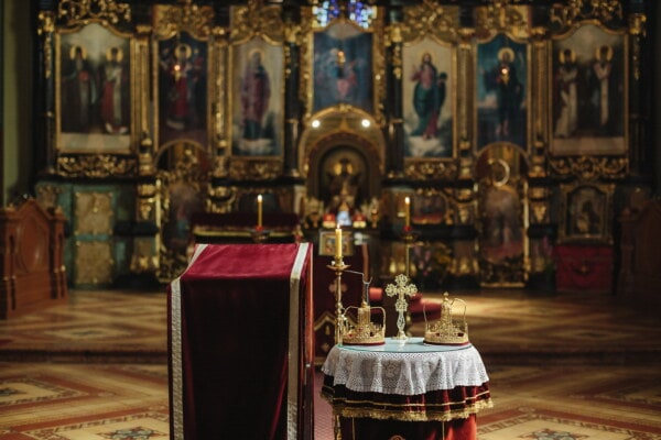 orthodox, altar, church, crown, coronation, royalty, religion, structure, candle, cathedral