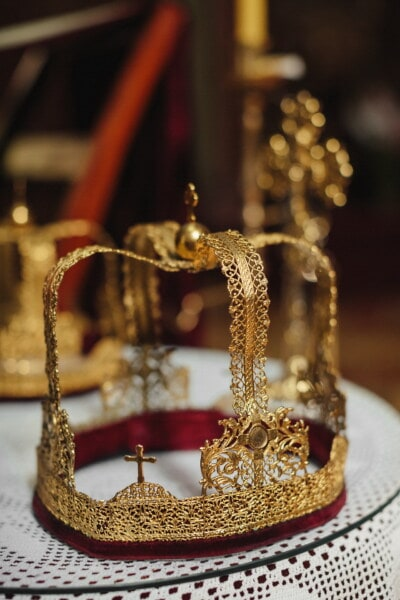 gold, crown, royalty, kingdom, luxury, shining, jewelry, decoration, elegant, traditional