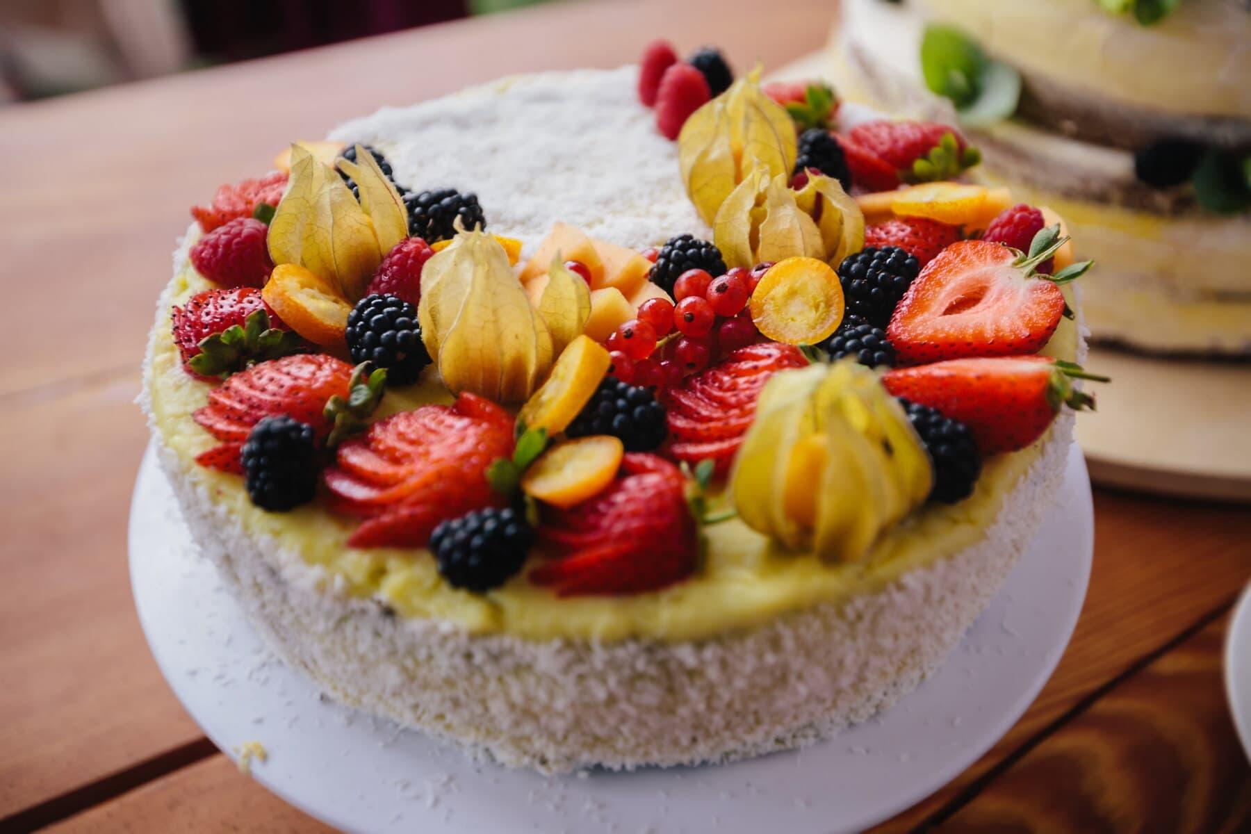 Erdbeeren, Obst, Kuchen, Brombeere, süß, Erdbeere, Beere, Gericht, Essen, Mahlzeit