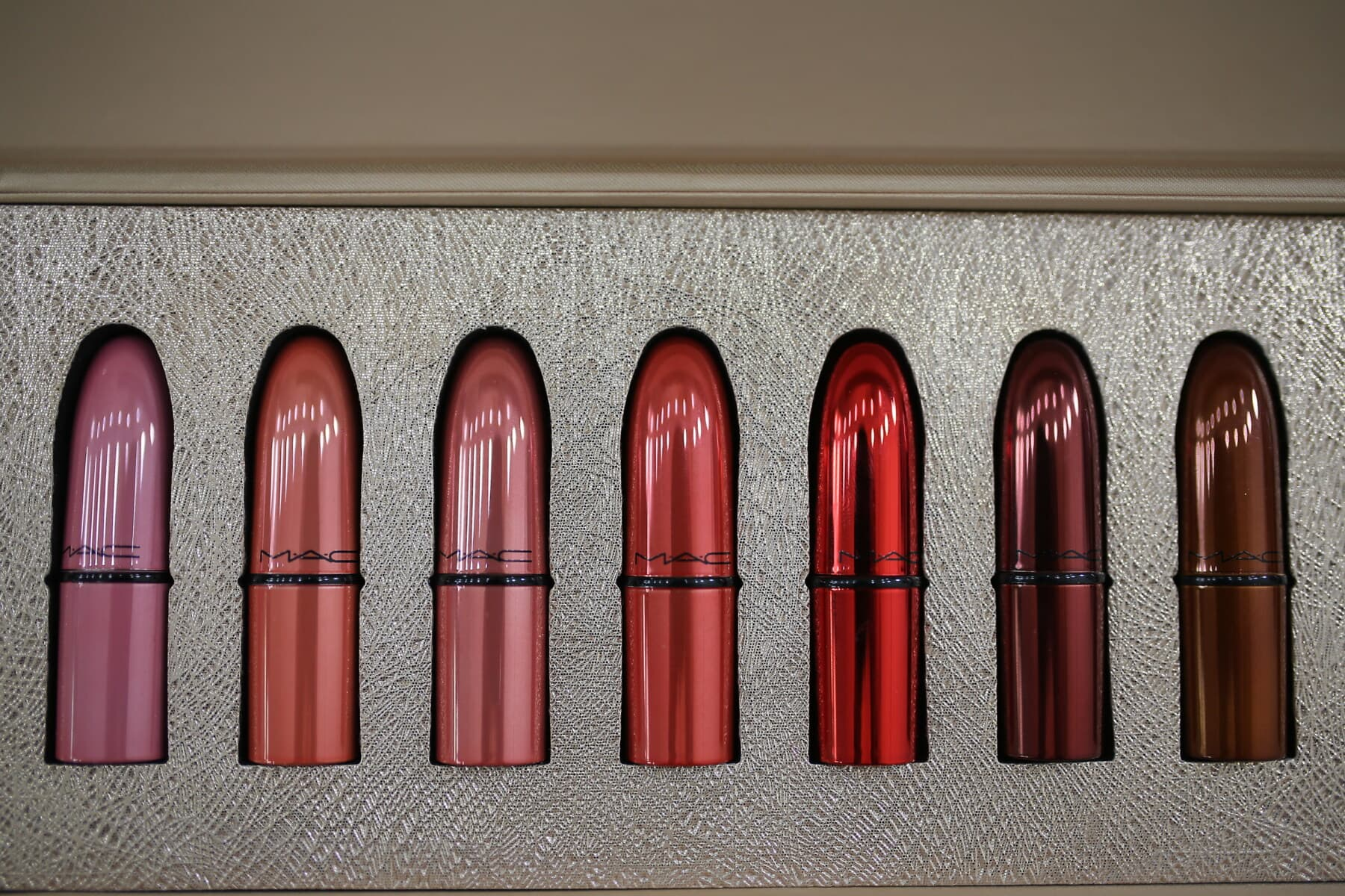 reddish, red, lipstick, cosmetics, makeup, merchandise, close-up, products, shining, cosmetic
