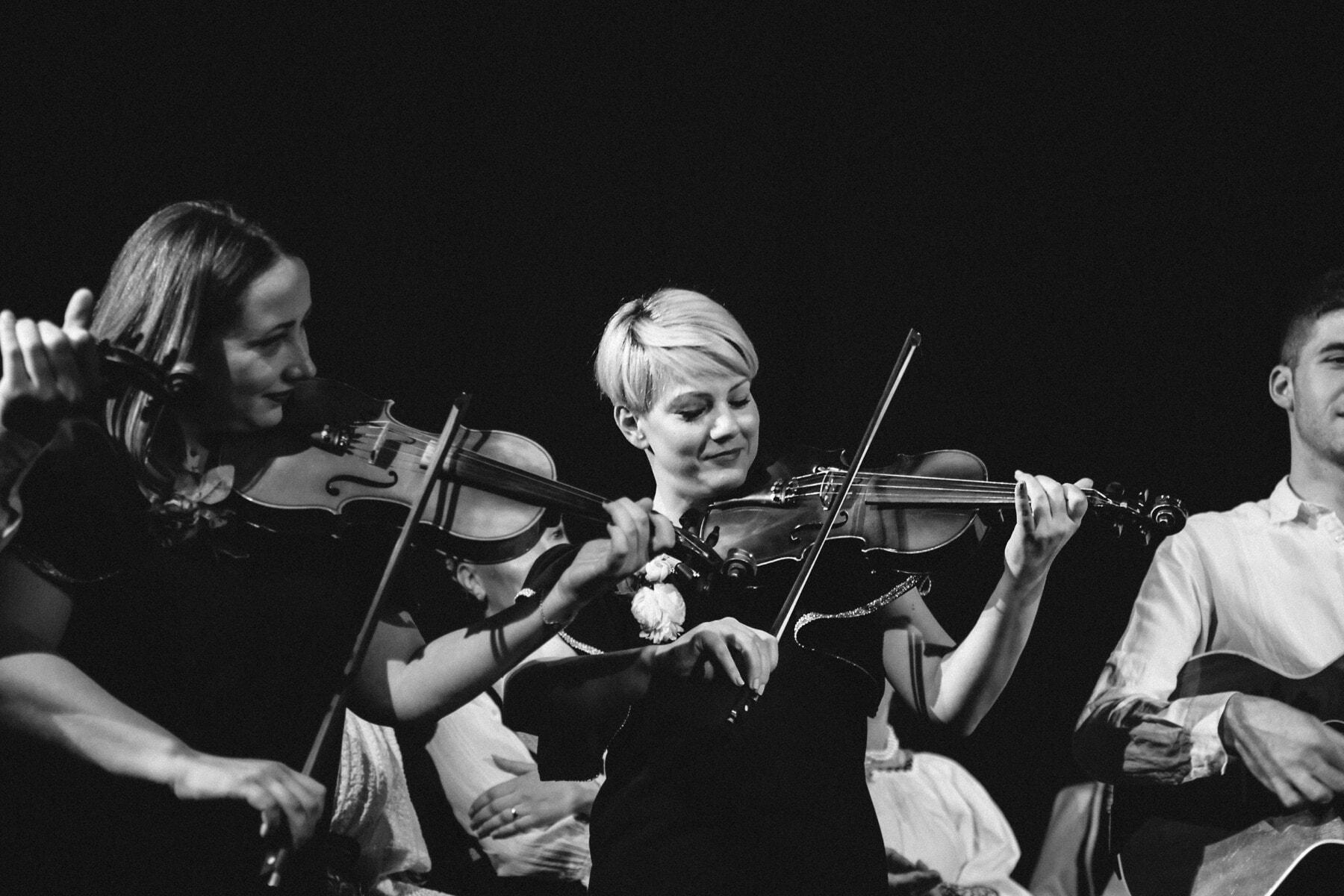 Geige, Instrument, Klassiker, Musik, Konzertsaal, Orchester, Musiker, musikalischen, Menschen, Konzert