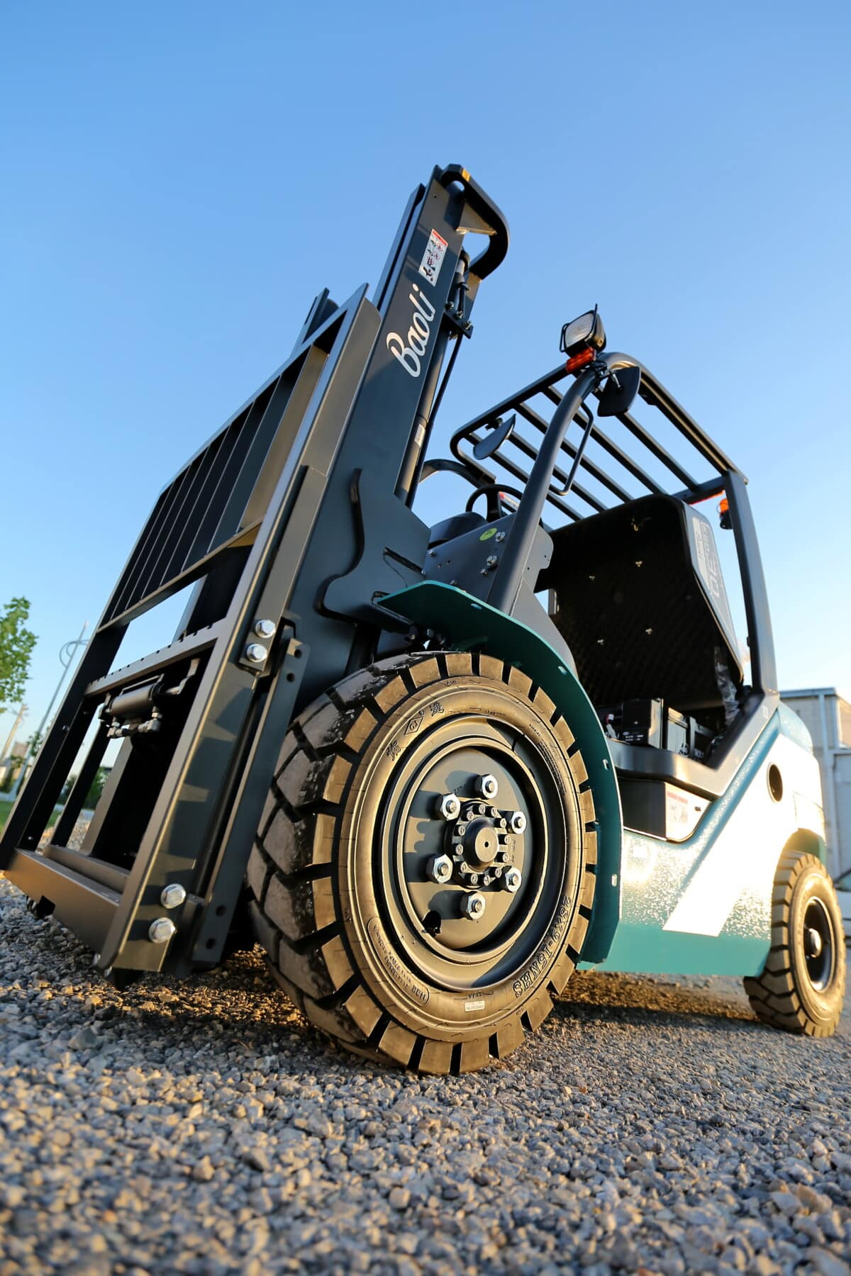 forklift, machine, heavy, industrial, vehicle, factory, tire, machinery, outdoors, diesel