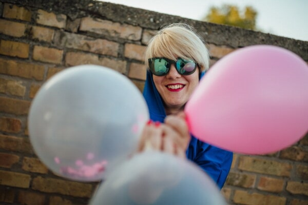 enjoying, pretty girl, teeth, portrait, face, smile, fun, balloon, sunglasses, woman