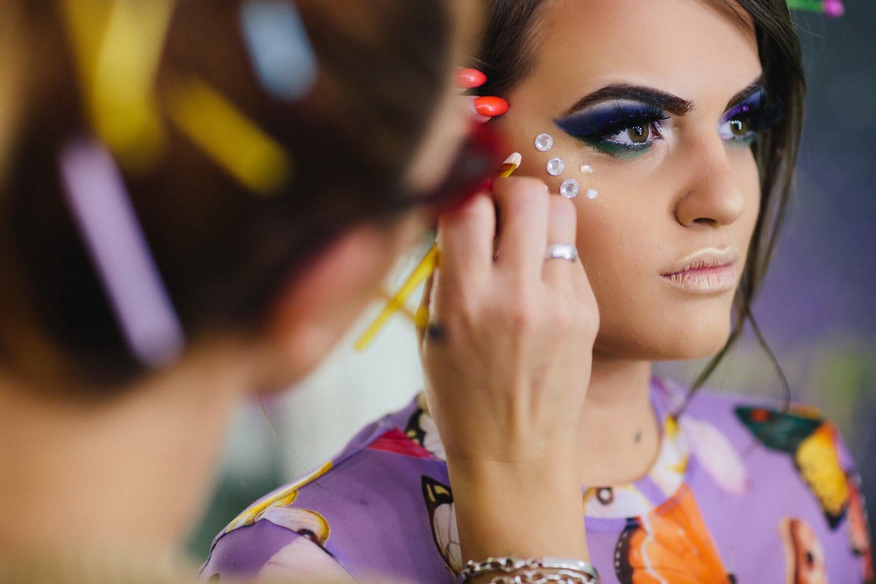 Jolie fille, produits de beauté, Salon, oeuvre, art, maquillage, corps, esthéticienne, magasin, portrait
