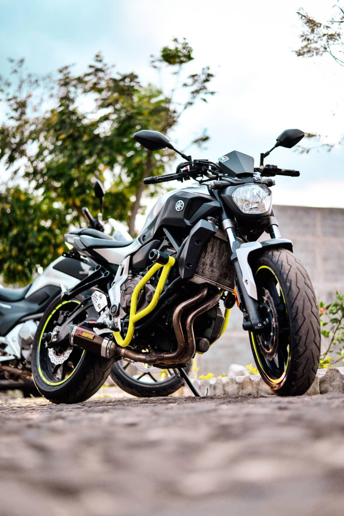 moto, Parc de stationnement, asphalte, moteur, pneu, roue, siège, moto, rapide, sport