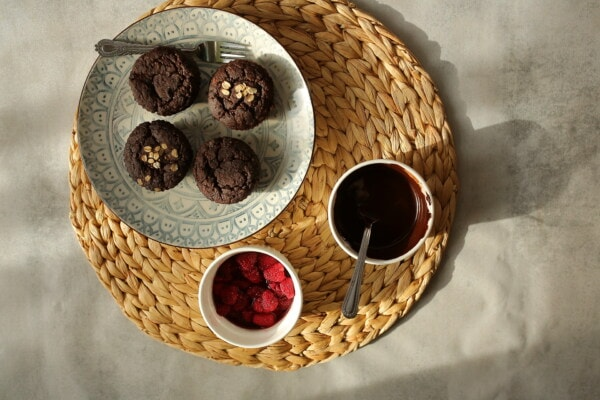 cupcake, chocolate, dark, raspberries, fruit, sweet, fork, still life, food, retro