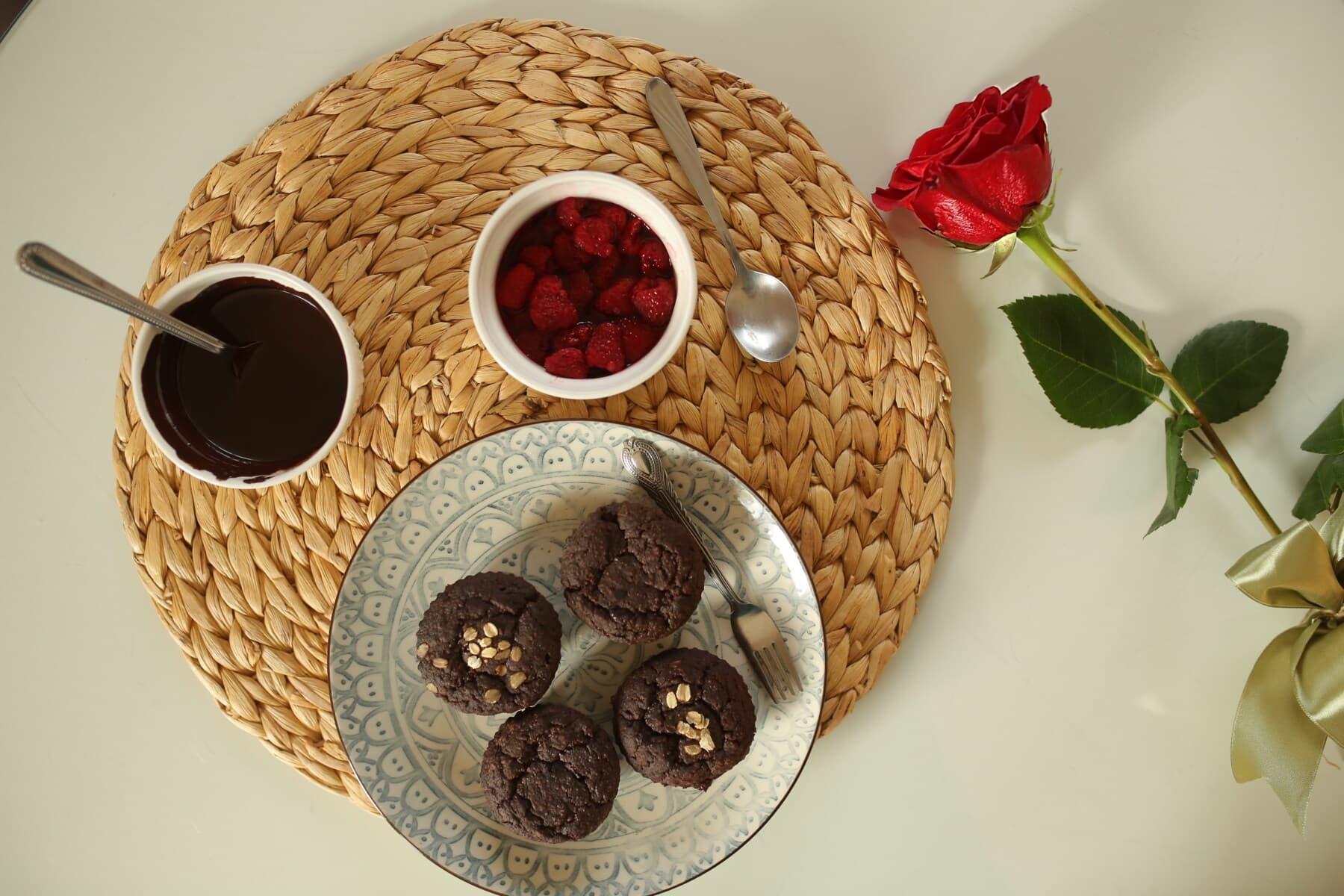 rosa, vermelho, chocolate, quente, queque, pequeno-almoço, bagas, ainda vida, madeira, comida