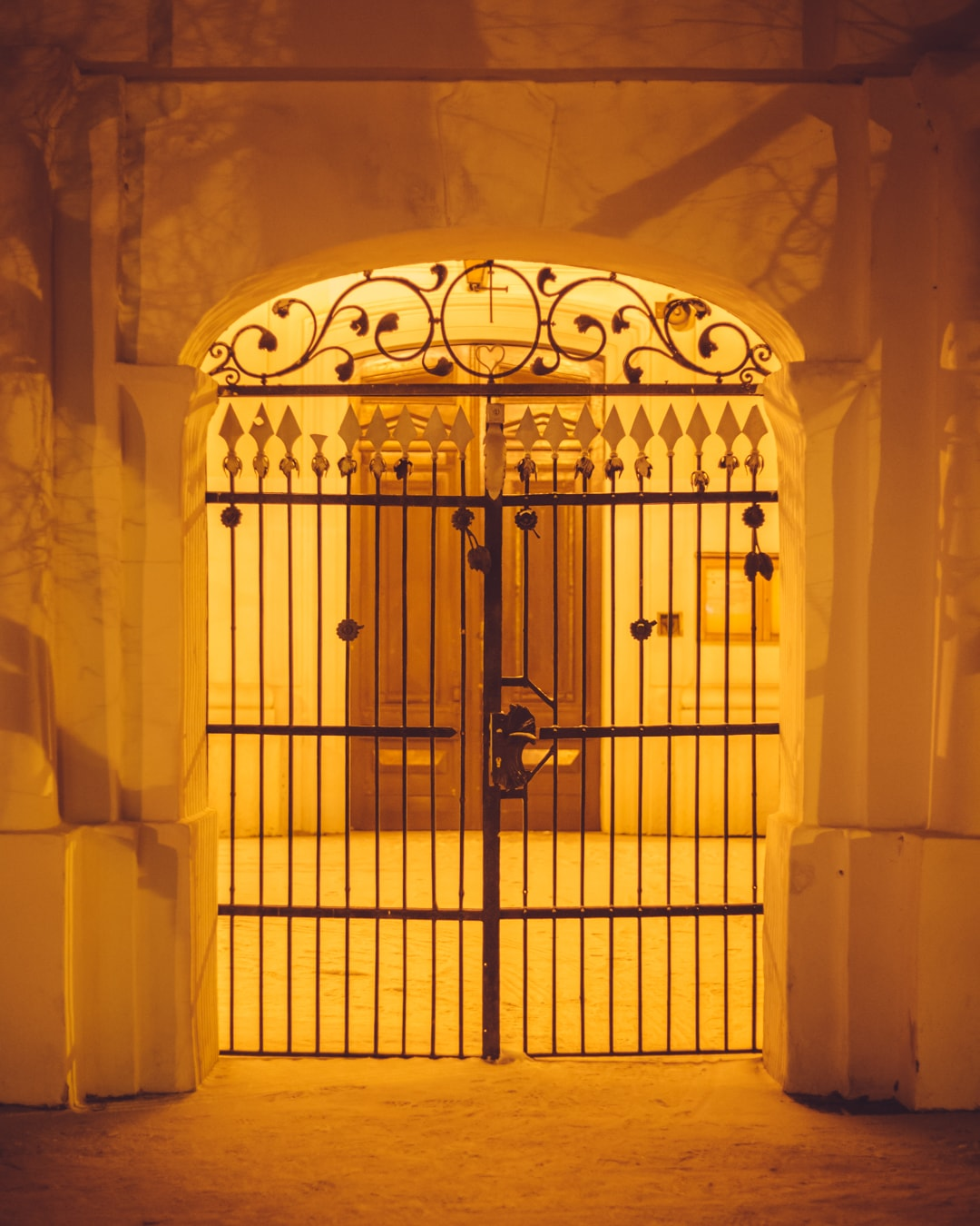 cast iron, gate, wall, sepia, spearhead, door, building, church, architecture, doorway