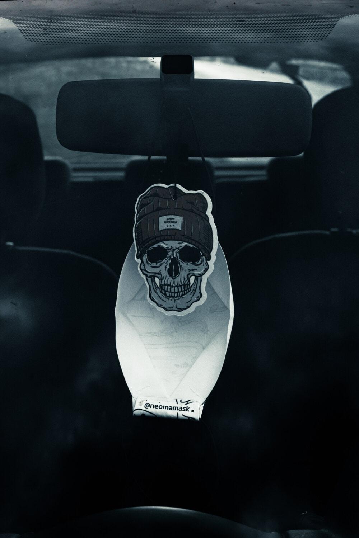 Windschutzscheibe, Auto, Spiegel, aus nächster Nähe, Symbol, Skeleton, hängende, Schädel, Fahrzeug, Dunkel