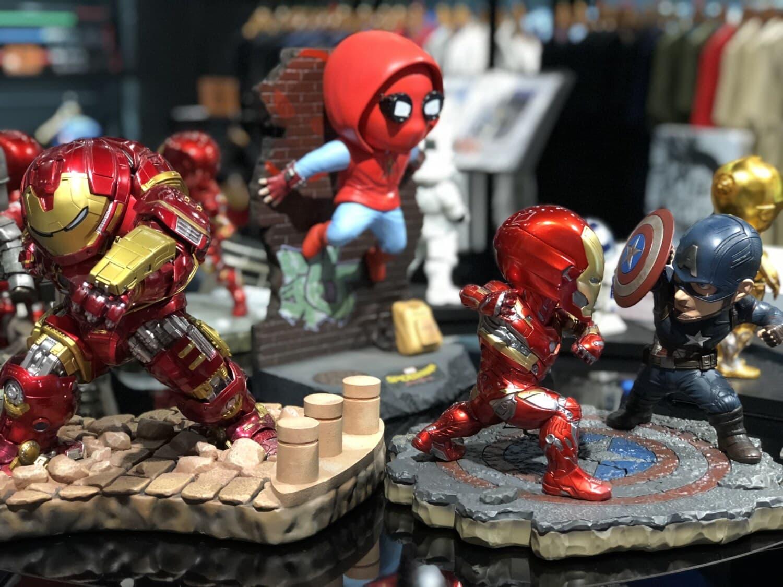 jouets, magasin de jouets, jouet, Figurine, coloré, plastique, robot, miniature, magasin, poupée